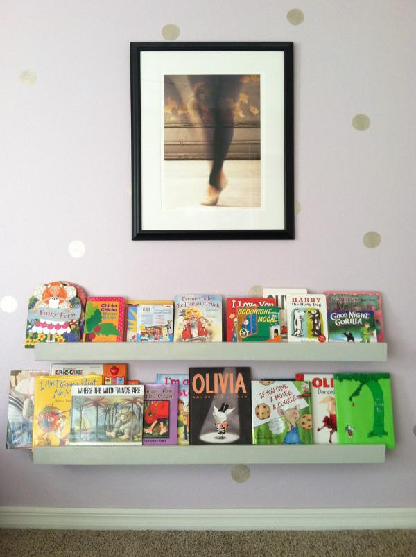 kid bookcase.JPG