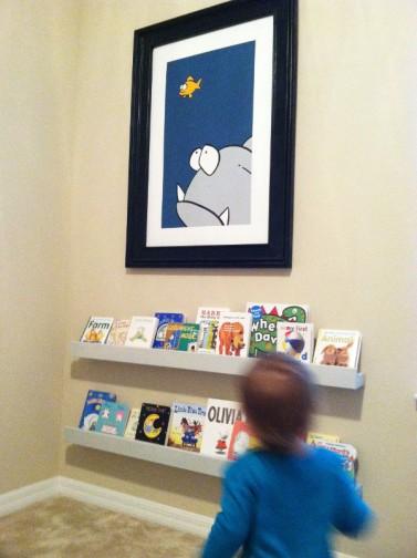 toddler bookcase.JPG